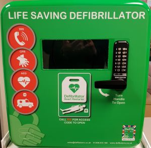 Defibstore 4000 Green Plastic Defibrillator Cabinet with keypad lock, heater and LED light